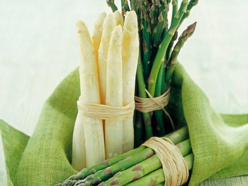 Alla scoperta dei 12 benefici degli asparagi